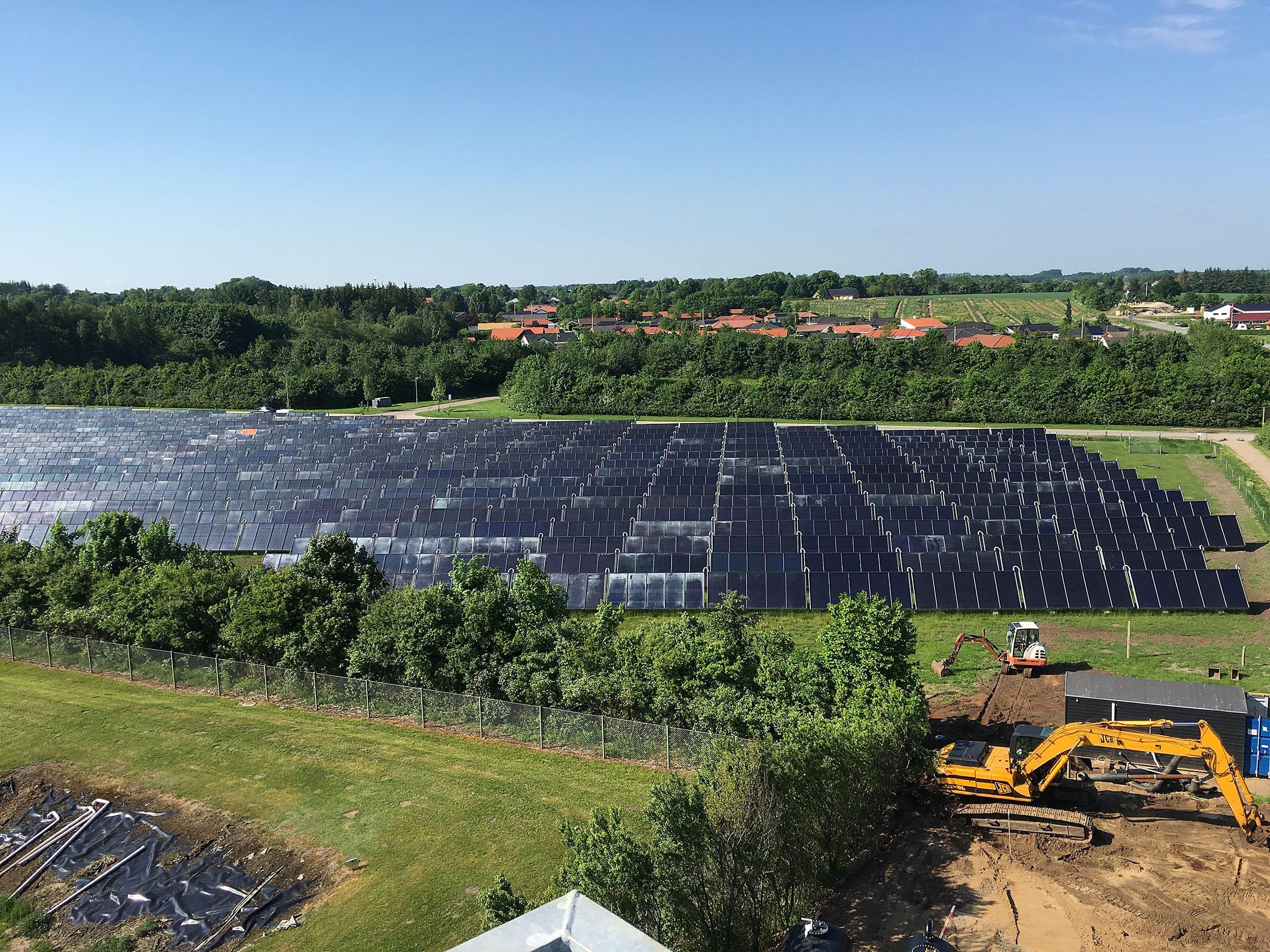 Eksisterende-solvarmeanlæg-på-7.800-m²